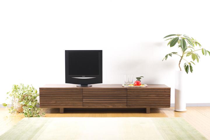 tv000